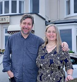 Tony&Paula-the-ellenby-1